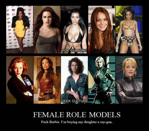 female-role-models-pop-culture-vs-geek-cultureFemale Geek